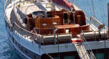 yacht_for_sale_main
